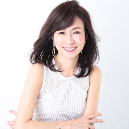 田中 貴子|骨格診断ファッショ...