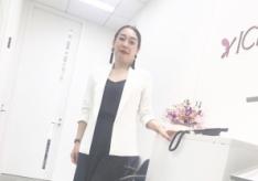 【骨格診断ストレートコーデ #3 】50代ファッションを軽やかに楽しむ「スタイル調整術」